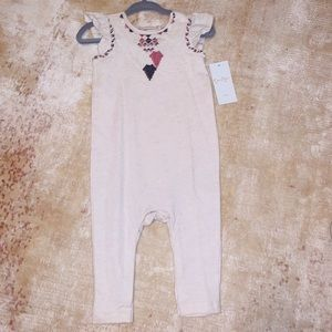 Jessica Simpson coverall in oatmeal 6-9m NWT